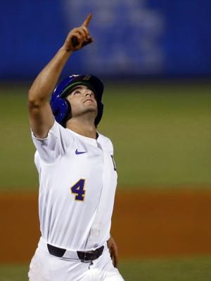 LSU rallies to beat South Carolina 8-6 in SEC Tournament