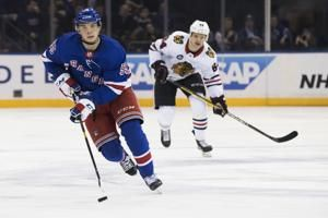 Kreider, Lundqvist lead Rangers to 4-3 win over Blackhawks