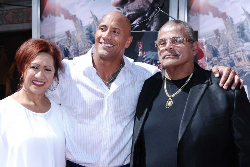 Dwayne Johnson posts touching tribute to his late father