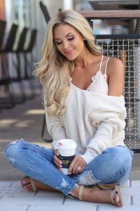 Sweet and Sexy Look: 18 Bralette Outfit Ideas