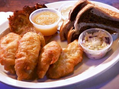 Watch: The Friday Fish Fry Is a Special Milwaukee Tradition