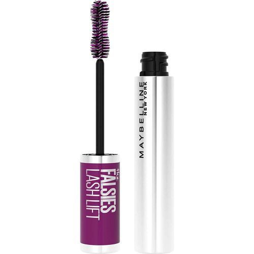 These Smudge-Proof Mascaras are Total Game-Changers for Hooded Eyes