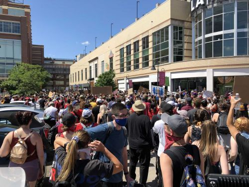 LIVE UPDATES: Hundreds gather for protest, sit-in in Pittsburgh's Bakery Square