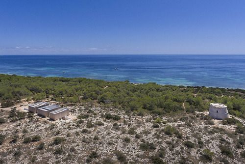 This House in Formentera is a Masterpiece of Modern, Organic