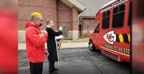 Chiefs fan gets 'War Wagon' blessed by priest ahead of Super Bowl