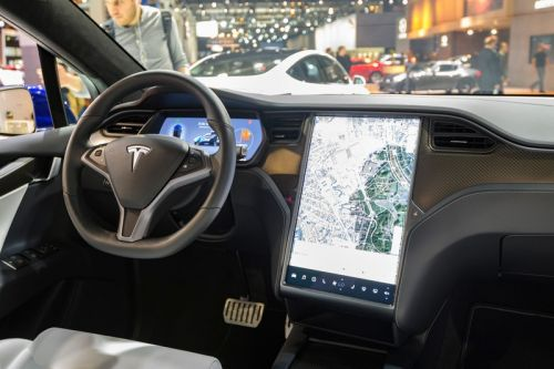 Tesla Is Using In-Car Cameras To Make Sure Drivers Pay Attention While Using Autopilot