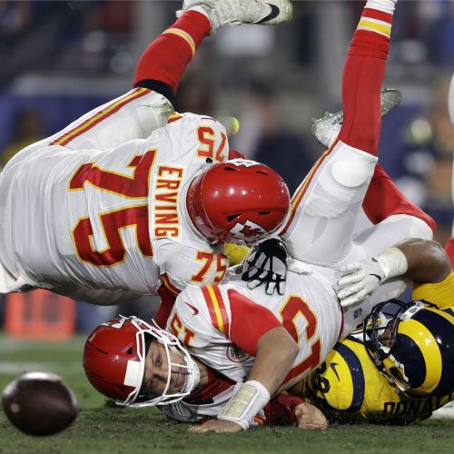 Turned over: Chiefs fall to Rams in epic Monday Night Football matchup