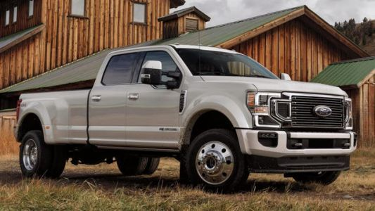 Ford Is Recalling A Bunch Of Super Duty Trucks Because The Front Wheels Could Come Off