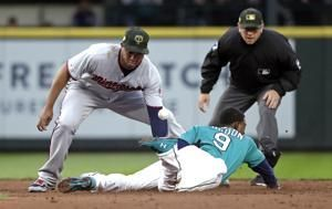 Mariners' Gordon, Healy placed on IL, Bass signed