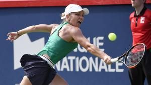 Simona Halep wins in Montreal, beating Sloane Stephens