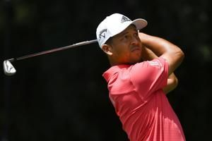 Thomas loses cushion, shares lead in Tour Championship