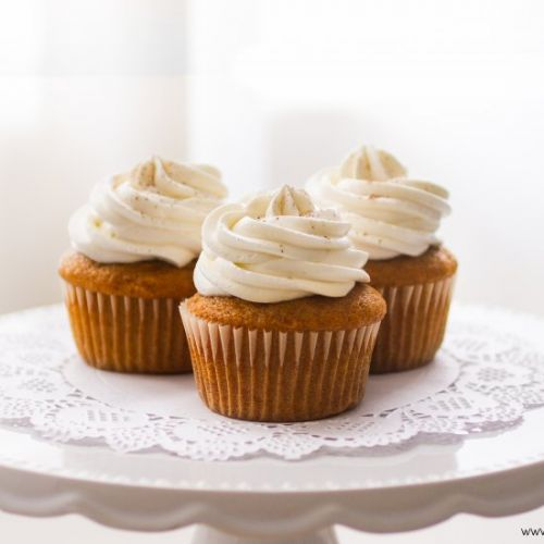 Holiday Pumpkin Spice Cupcakes