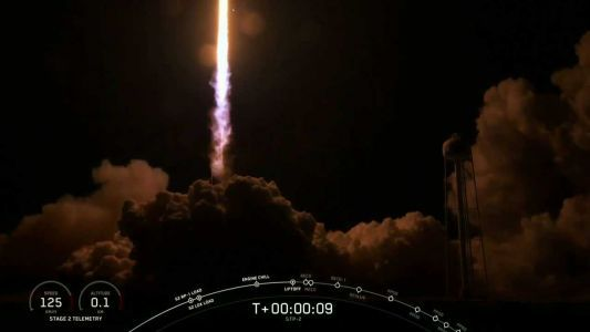 SpaceX's massive Falcon Heavy rocket lights up Space Coast sky