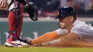 Red Sox hit 4 homers, hold off reeling Tigers 11-7 at Fenway
