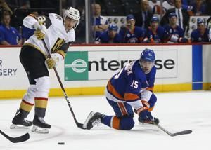 Nosek helps Golden Knights beat Islanders 3-2