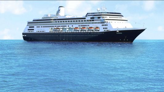 Cruise ships with sick passengers to dock in Florida