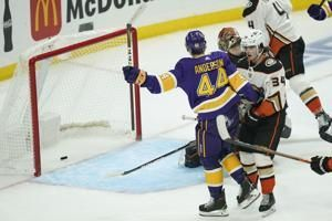 Kings get offense from defense, deal Ducks 5th straight loss