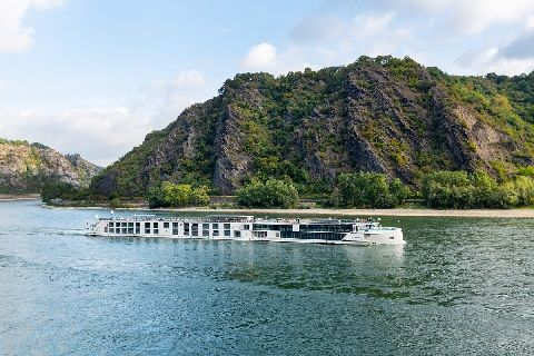 Crystal River Cruises Named Best Luxury River Cruise Line in 2021 Wave Awards