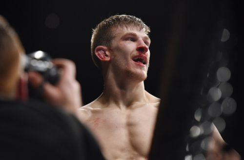 UFC Fight Night 130 main-card breakdown: Who's ready to go helter-skelter in Liverpool?