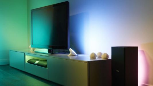 Augment Your Philips Hue System With a Pair of Discounted Lamps