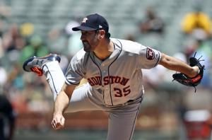 Verlander gets plenty of support in Astros 7-3 win over A's
