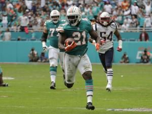 Drake Escape: Miami's score on final play beats Pats 34-33