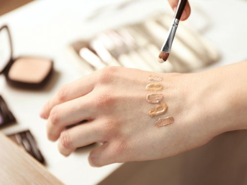 How to apply your foundation flawlessly based on your skin type