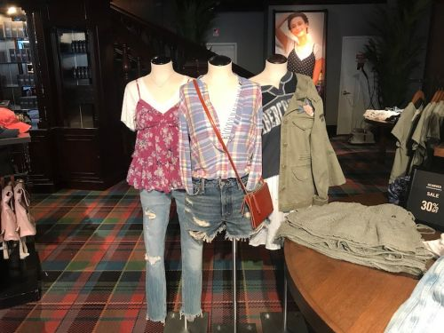 Abercrombie is escaping the retail apocalypse by copying a popular startup strategy