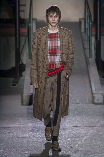 Dries Van Noten Renews Old Classics for Fall '18 Collection
