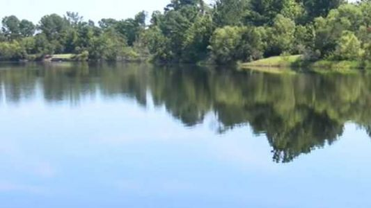 Body of 17-year-old boy pulled from Indiana swimming area