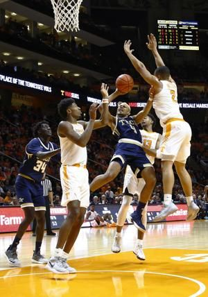 Defense carries No. 5 Tennessee past Georgia Tech 66-53