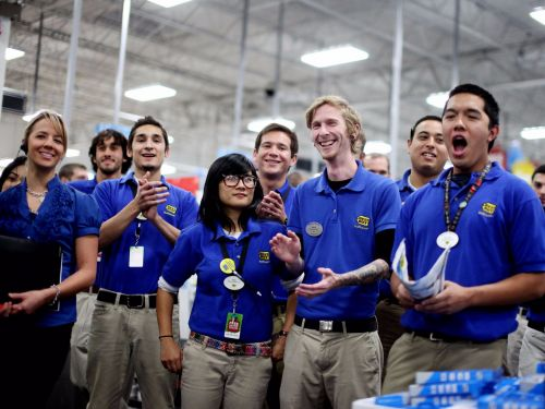 Black Friday workers confess 9 things they'd love to tell shoppers but can't