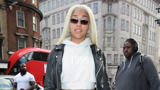 A Fresh Start? Jordyn Woods Steps Out in London With Bleach Blonde Hair After Cheating Scandal