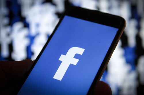 Facebook Reports Strong Growth Despite Privacy Scandal