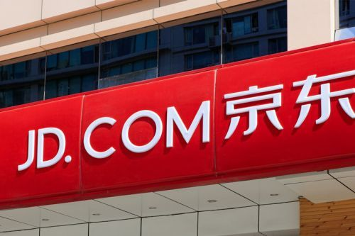 Google Invests $550 Million USD in JD.com's Battle to Rival Amazon
