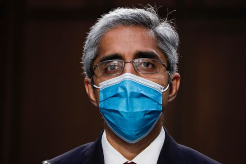 US surgeon general warns over COVID-19 misinformation