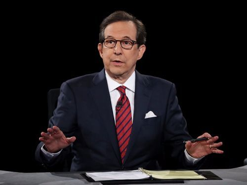 Chris Wallace says he doesn't like Fox News commentators parroting Trump's attacks on the press