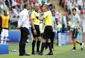 Morocco coach complains about refs, hoping to spur team