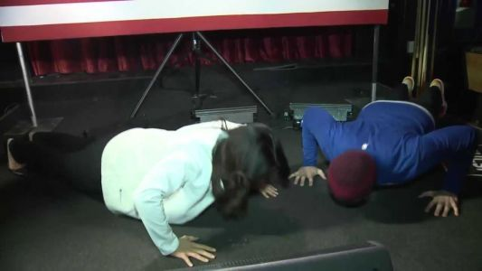 Video: Man challenges 2020 candidate Tulsi Gabbard to push-up contest