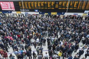 Travel chaos for Waterloo commuters, Network Rail apologizes