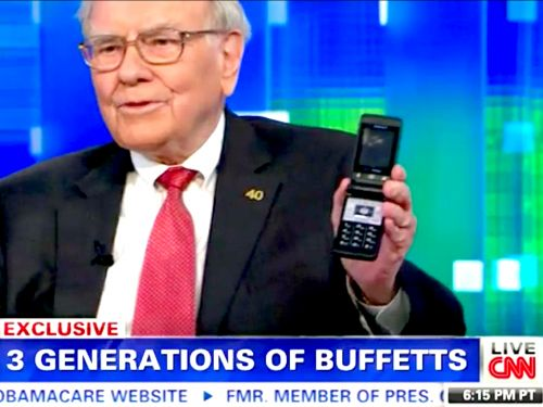 Warren Buffett says the $1,000 iPhone is 'enormously underpriced' despite famously not owning a smartphone