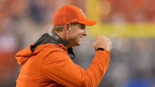 Clemson should thank Playoff committee for so-called snub in initial rankings