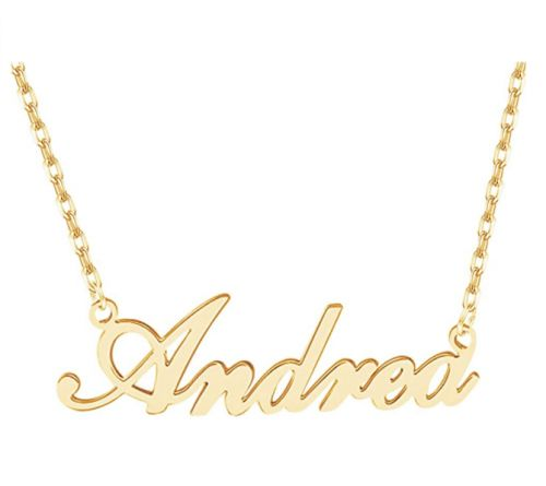 10 Name Necklaces To Help You Channel Your Inner Carrie Bradshaw