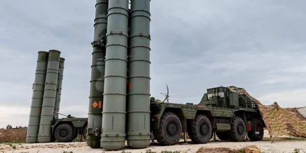 Russia deployed a second division of its S-400 missile defense system to Crimea - and the US is worried