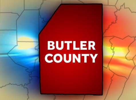 Window smashed, items stolen from vehicles at mall in Butler County