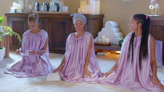 Jada Pinkett Smith and Willow Smith steamed their vaginas live on camera