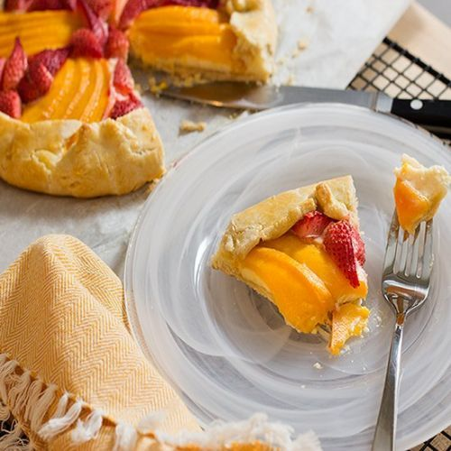 Mango Strawberries Cream Cheese Crostata