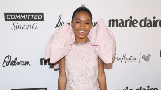 Great Outfits in Fashion History: Yara Shahidi in a Pink Cloud of Giambattista Valli Couture