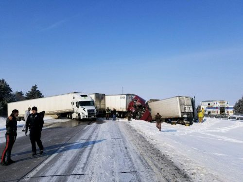 Stretch of I-80 closed in Nebraska after pileup involving 10 tractor-trailers