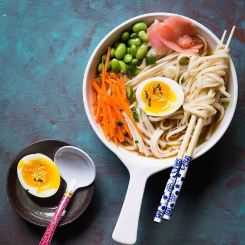 Refreshing cold udon noodles